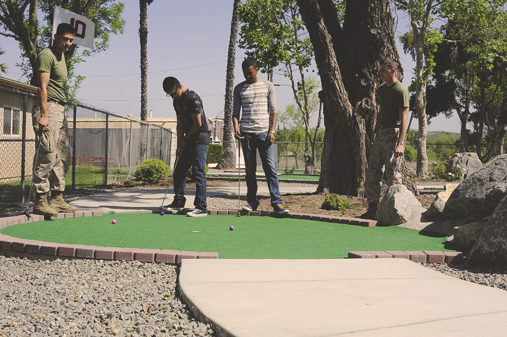 Lake Oneill Mini Golf group of marines putting