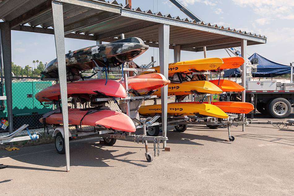 rec checkout kayaks