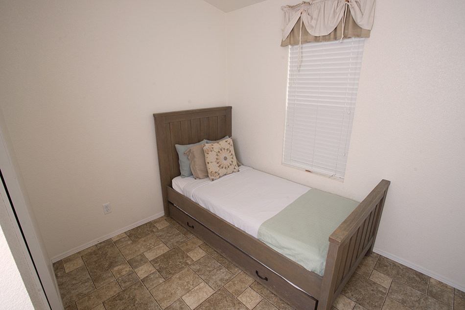 san onofre beach cottages twin bed
